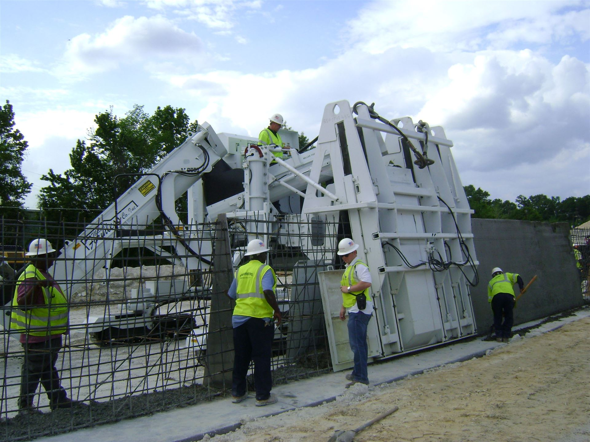 Hedke I Construction Equipment I Accessories I Parts
